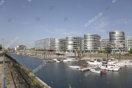 Sailboat marina, office complex ''Five Boats'', designed by the architect Nicholas Grimshaw, basin, Duisburg, North Rhine-Westphalia, Germany, Europe