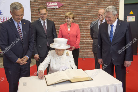 Editorial picture of Queen Elizabeth II State Visit to Germany - 24 Jun 2015