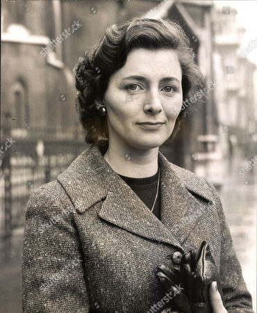 Mrs Joyce Whitsun-jones Wife Of Actor Paul Whitsun-jones Who Was Granted A Divorce Today. Box 0570 280515 00229a.jpg.