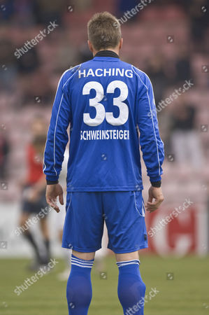 Number 33, Tobias Schweinsteiger from the back, football player for SpVgg Unterhaching, Unterhaching, Bavaria, Germany