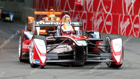 Karun Chandhok closely followed during round 10 of the Visa London ePrix Championship at Battersea Park, London