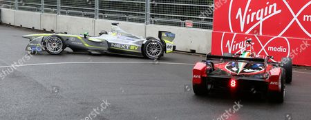 Oliver Turvey almost going off course and almost causing a crash in qualifying during the FIA Formula E Visa London ePrix at Battersea Park, London