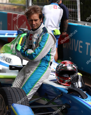 Jarno Trulli taking it easy before the race during the FIA Formula E Visa London ePrix at Battersea Park, London