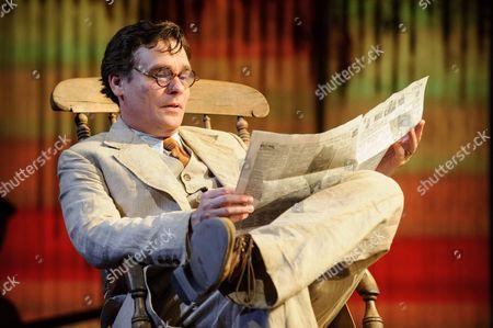 Robert Sean Leonard (Atticus)