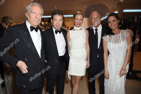 Larry Gagosian with guests