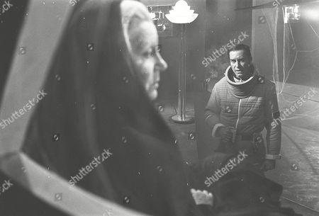 Margaret Leighton and Martin Landau