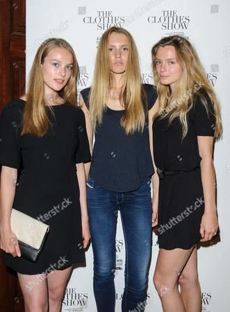 Models Hannah Dodd, Rhiannon Laslett, Erica Pattison