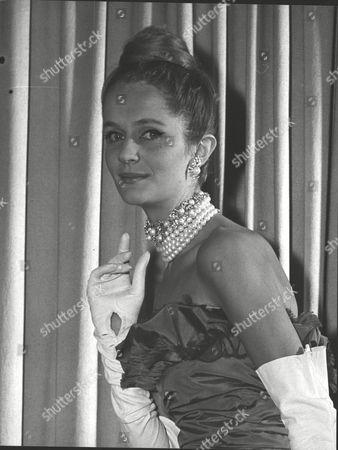 Virginia Wynn-thomas Dior Fashion Model. Box 0589 180615 00391a.jpg.