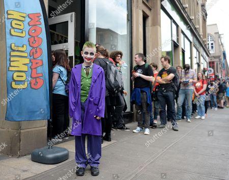 Jack Kiernan age 9 waiting in queue for Mark Millar signing