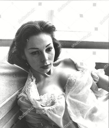Editorial photo of Hazel Graeme (22) Ex-dior Fashion Model & Jazz Singer And Television Hostess. Box 0593 24062015 00204a.jpg.