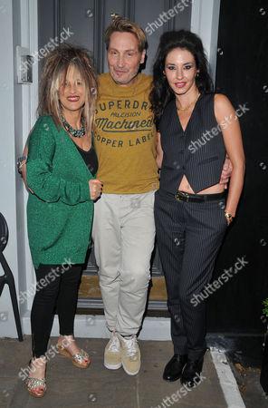 Elizabeth Emanuel, Marilyn and Victoria Wilson James