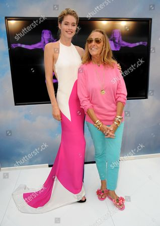 Stock Photo of Doutzen Kroes, Carlyne Cerf De Dudzeele