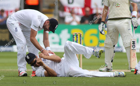 England Captain Alistair Cook catches out Brad Haddin of Australia off the bowling of Moeen Ali.