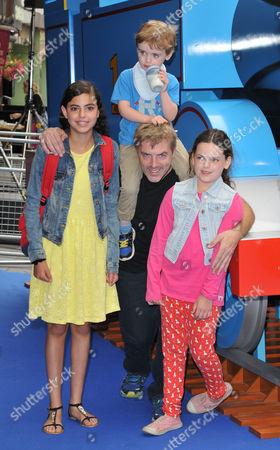 Donal MacIntyre and his kids
