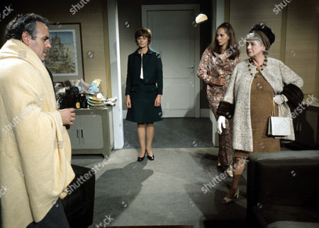 George Cole, Isabel Dean, Hilary Dwyer and Renee Houston