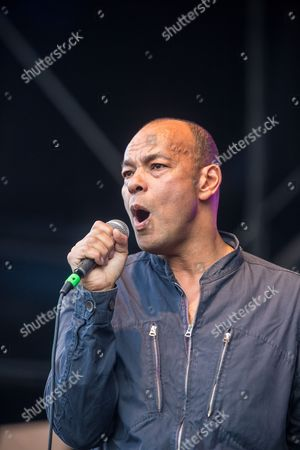 Roland Gift performs on Riverside stage