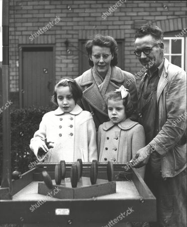 George Gray (50) Window Cleaner With His Wife Olive And Daughters. He Is A Finalist In The Daily Mail Rolls-royce Contest In Which The Prize Is A Ii5 858 Silver Cloud. Box 0599 01072015 00222a.jpg.