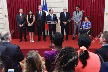 Tony Estanguet, Jean Paul Huchon, Anne Hidalgo, Francois Hollande, Emmanuelle Assmann and Bernard Lapasset