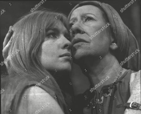 Jane Asher And Flora Robson In Theatrical Play 'the Trojan Women'. Box 0604 06072015 00449a.jpg.