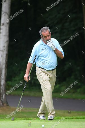 "Winning Ryder Cup Captain Sam Torrance has a quick ""puff"""