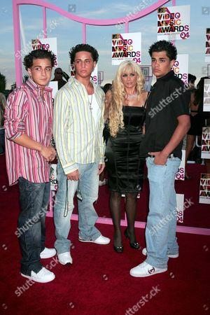Victoria Gotti and sons Carmine, John and Frank Agnello