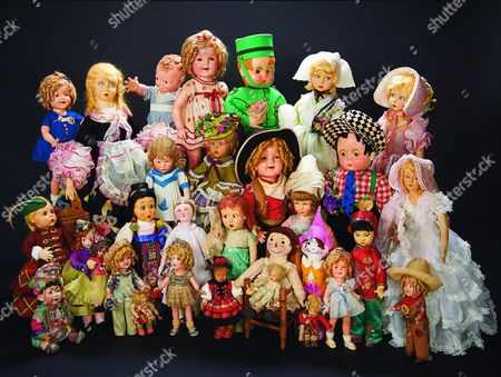 A collection of Shirley Temple's dolls