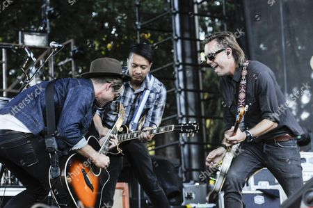 Jon Foreman (left), Jerome Fontamillas, and Drew Shirley of Switchfoot at Marymoor Park.