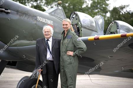 Jodie Kidd and veteran pilot Squadron Leader Geoffrey Wellum