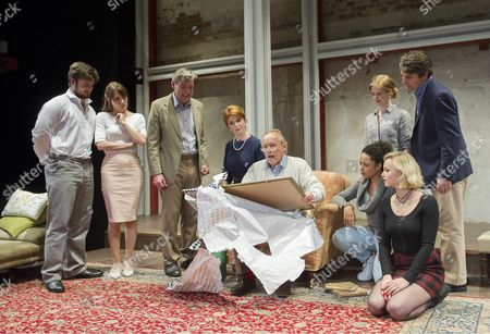 Tom Hanson as Simon, Anna Wilson-Jones,Nick Sampson as Samuel,  Jane Asher as Olivia,Clive Francis as William , Katie Scarfe as Alice,Amber James as Aurelia, Alexander Hanson as Giles,Georgina Beedle as Emily