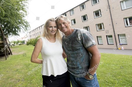 Christopher Atkins and Sandra Ankarbjörk