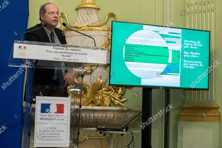 Editorial photo of Michel Sapin, Clotilde Valter, Marisole Touraine, delivery of the report on simplifying the pay slip, Paris, France  - 27 Jul 2015