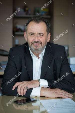 Guillaume Sarkozy Delegate General of Malakoff Mederic in his office.