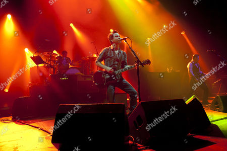 Stock Photo of The Stereophonics perform at the Hammersmith Apollo on the 17th of October 2010