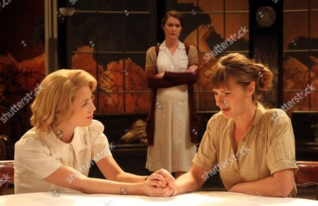 (L-R) Yolanda Kettle as Lois Ardsley, Justine Mitchell as Eva Ardsley and Jo Herbert as Ethel Bartlett