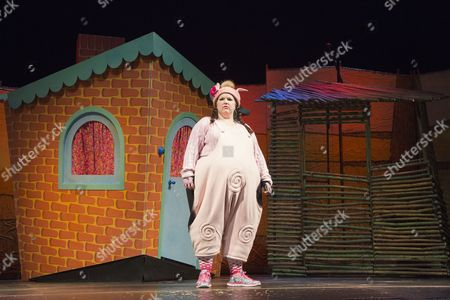 Stock Picture of Leanne Jones as Bee