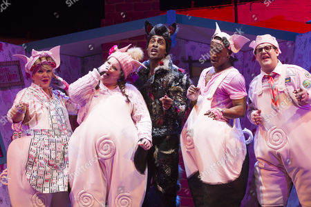 Stock Picture of Alison Jiear (Mother Pig), Leanne Jones (Bee), Simon Webbe (Wolf), Taofique Folarin (Bar) and Daniel Buckley (Q) during the curtain call