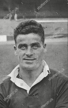 Norman Smith Charlton Athletic Fc Footballer. Box 0617 22072015 00026a.jpg.