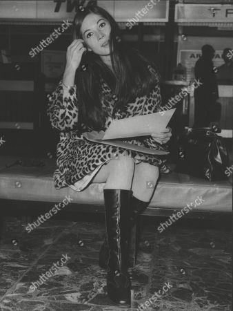 Nancy Kwan Actress At London Heathrow Airport. Box 0618 22072015 00464a.jpg.