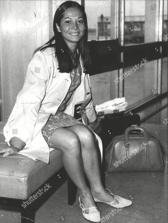 Nancy Kwan Actress At London Heathrow Airport. Box 0618 22072015 00463a.jpg.