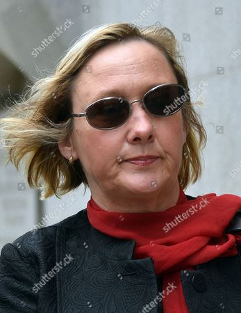 Lisanne Beck, 47