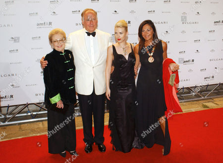 Beatrice Bulgari with husband Nicola, Mathilde Krim and Scarlett Johansson attending the Amfar party.