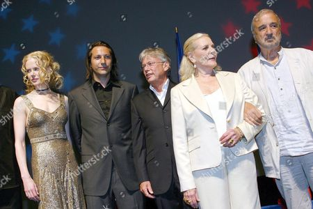 Nicole Kidman with Danny Houston, Lauran Bacall and Jean Claude Carriere at the Premiere of 'Birth'.