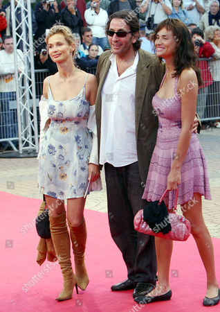 Marie Sophie with Tony Gomez and Frederique Bedos at the premiere for ' The Criminal'