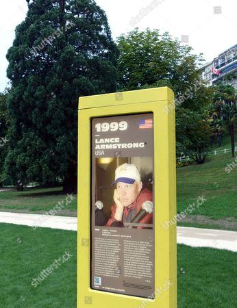 Plaque in Pau commemorating disgraced Tour de France winner Lance Armstrong
