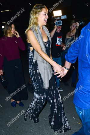 Stock Picture of Kate Hudson at Nice Guy night club with her agent Michael Kives