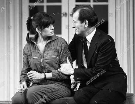House Guest @ Yvonne Arnaud Theatre, Guildford 9/2/81 Jane Cussons & Gerald Harper
