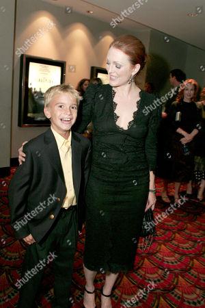 Christopher Kovaleski and Julianne Moore