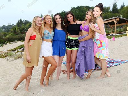 Stock Photo of Paris MaryJo Berelc, Kelli Berglund, Sarah Gilman, Olivia Holt, Sadie Calvano