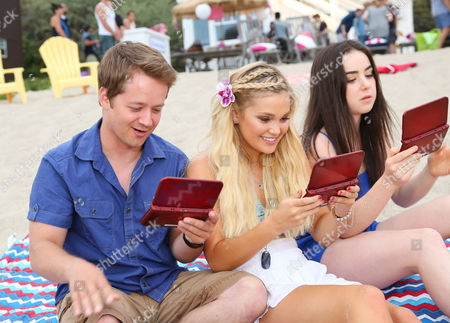 Jason Earles, Olivia Holt, Sarah Gilman