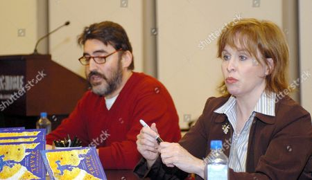 Alfred Molina and Nancy Opel promoting the book 'Tevye the Diaryman'